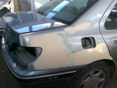 что за марка машины со знаком дракона